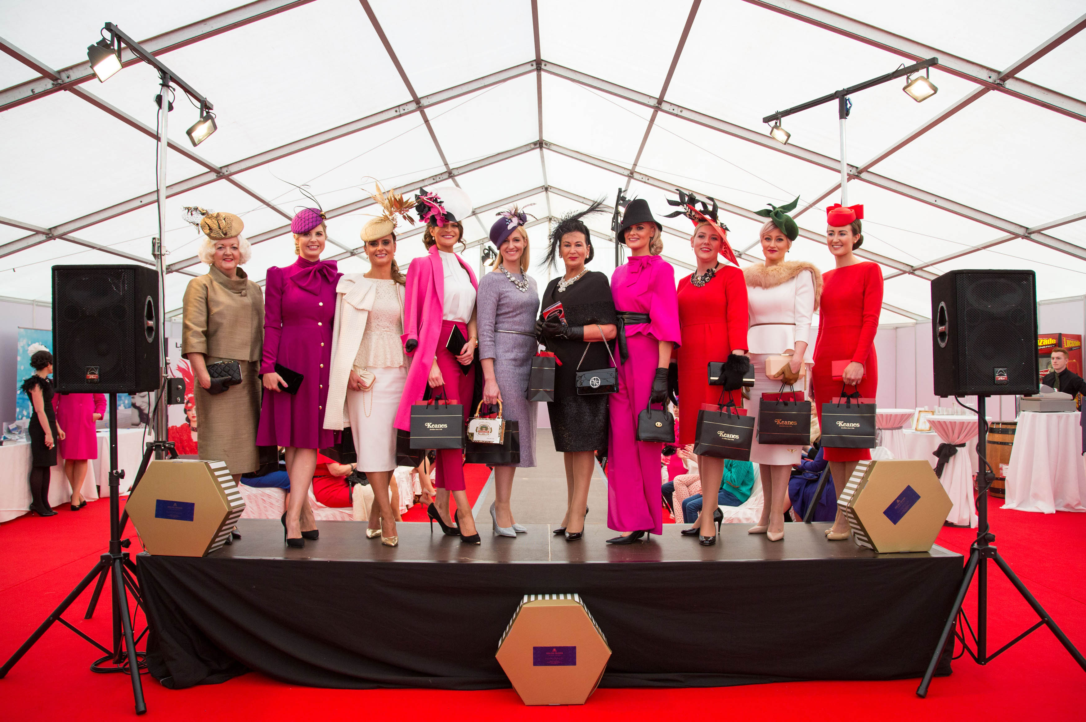 09.10.2016 The 10 finalists in the Keanes Jewellers Best dressed competition at Limerick Racecourse. Picture: Alan Place