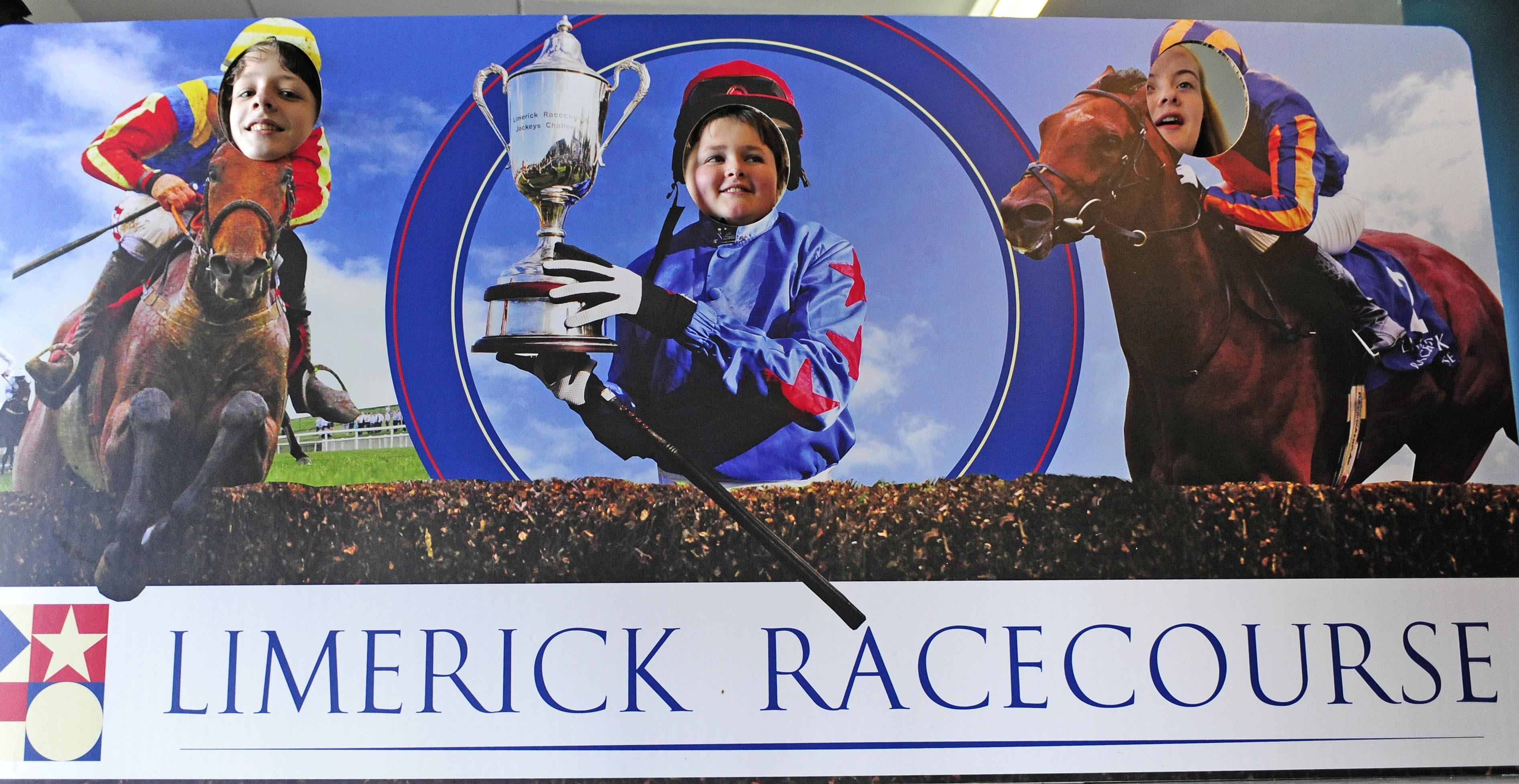 LIMERICK RACECOURSE 3-3-2015. HRI KIDS GO RACING DAY.SCHOOL KIDS AT THE GO RACING DISPLAY.PHOTO HEALY RACING.
