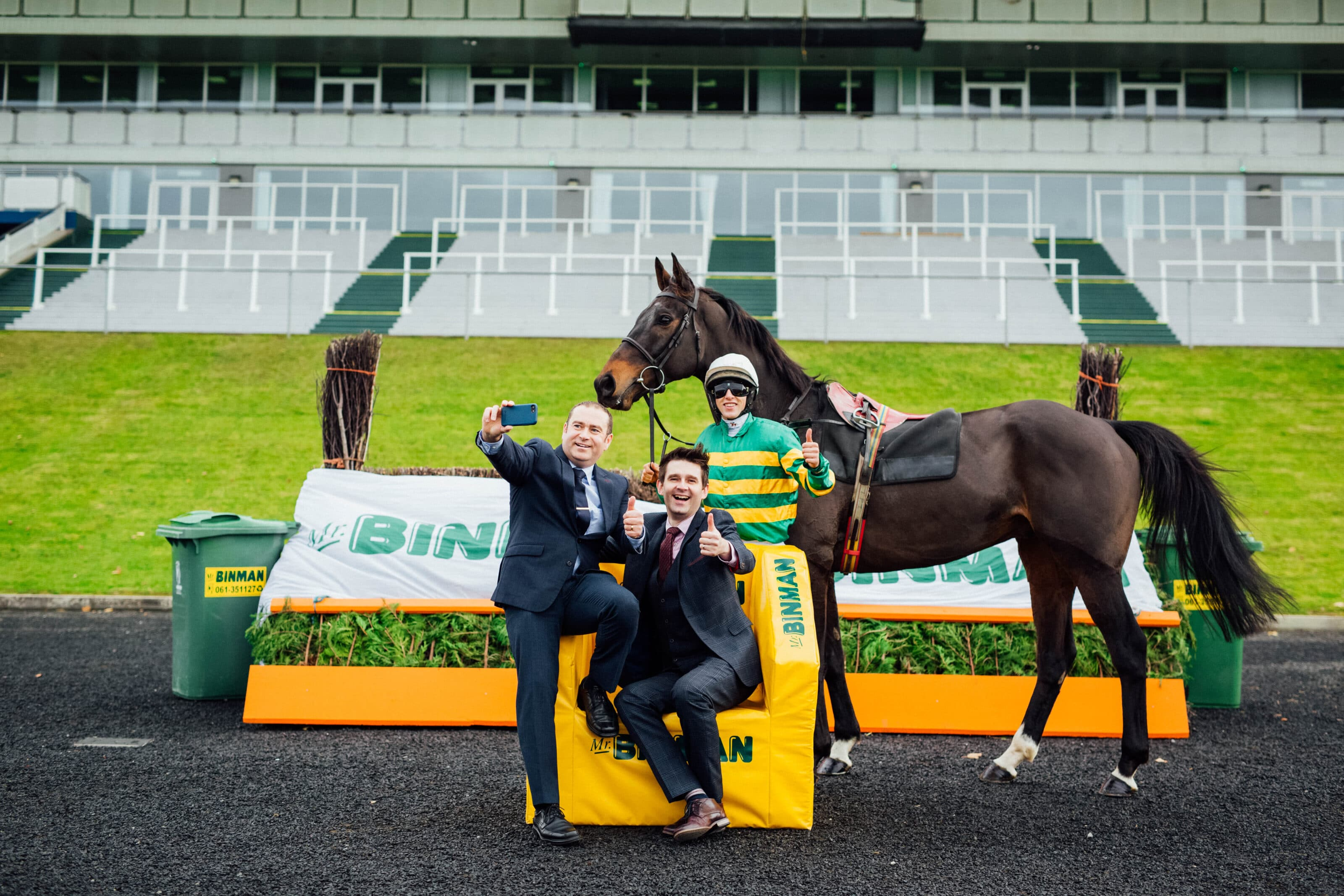 Christmas Horse Racing.Mr Binman Announced As The Title Sponsor Of The Limerick